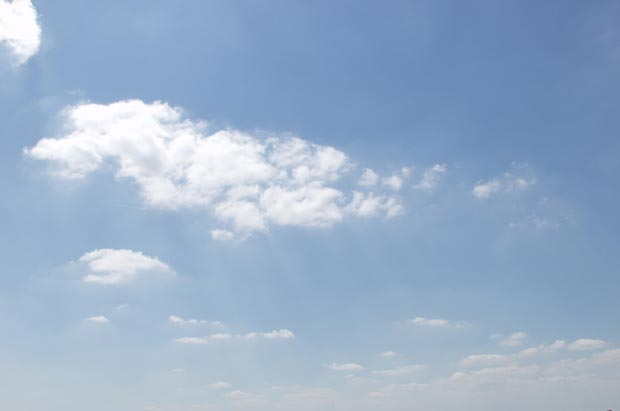 Фоны для презентаций - Облака 4