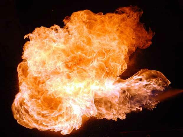 Фоны для презентаций - Огненное пламя 2