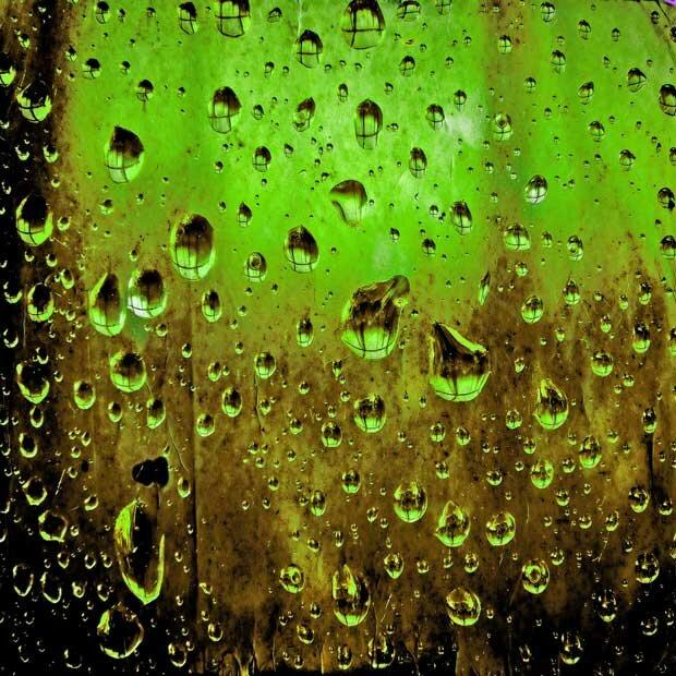 Фоны для презентаций - Капли воды 1