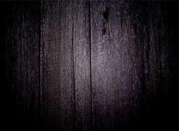 Поверхность из дерева в темноте