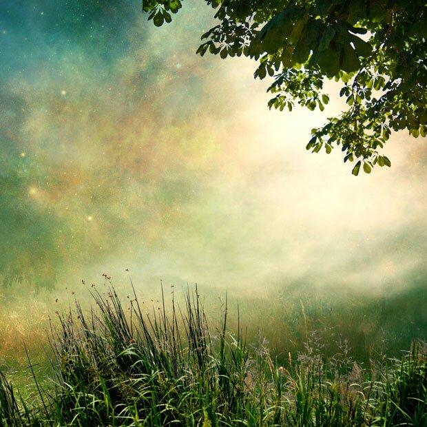 Сказочное небо и поляна