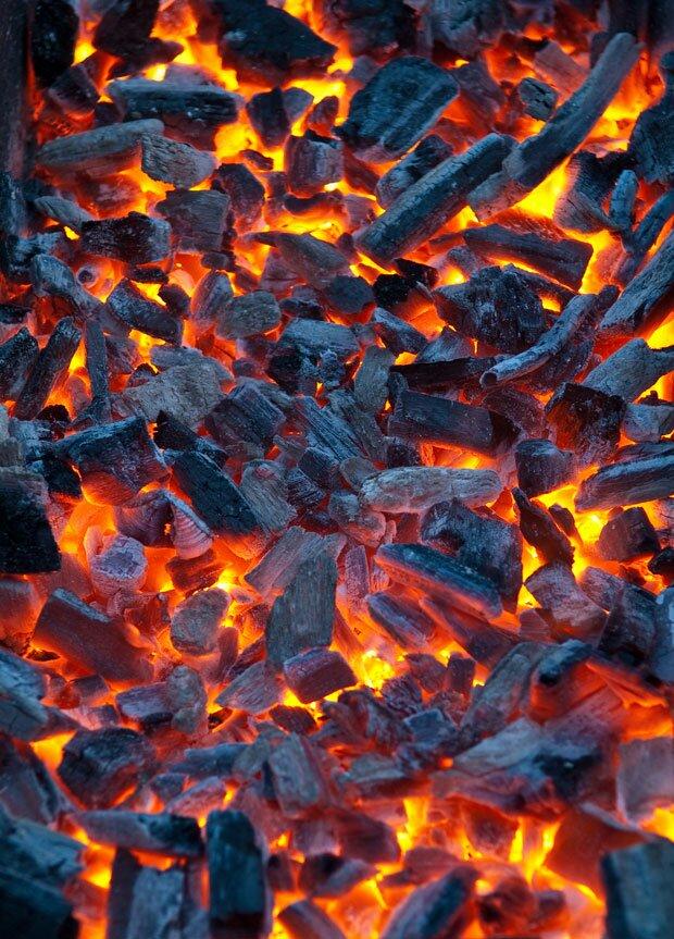 Фон горящие угли