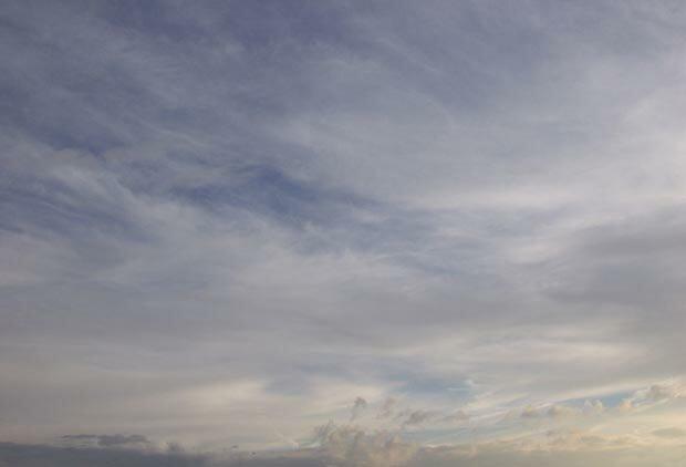 Фоны для презентаций - Облака 7