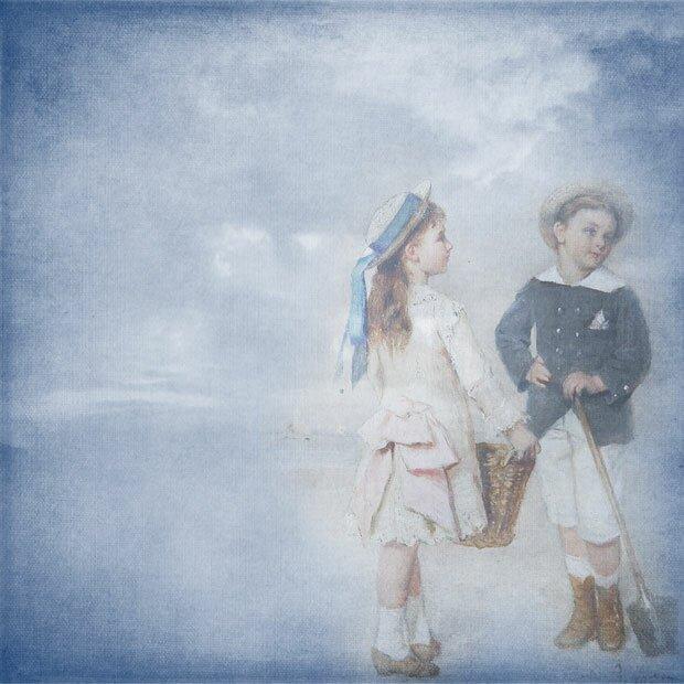 Дети на синем фоне
