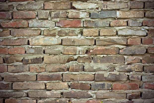 Старая стена из кирпича