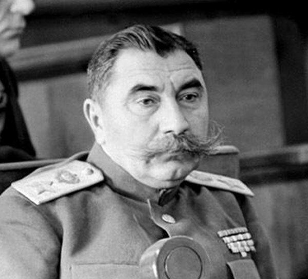 Будденов маршал Советского Союза