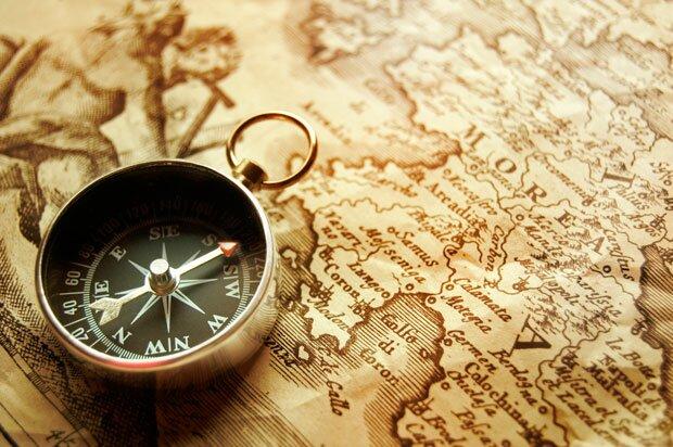 Фоны для презентаций - компас и карты 4